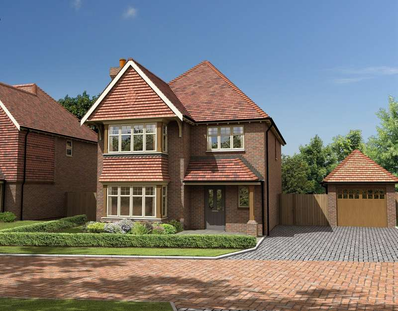 4 Bedrooms Detached House for sale in Bletchingly Road, Godstone, Surrey.