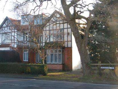 6 Bedrooms Semi Detached House for sale in Broncksea Road, Filton Park, Bristol