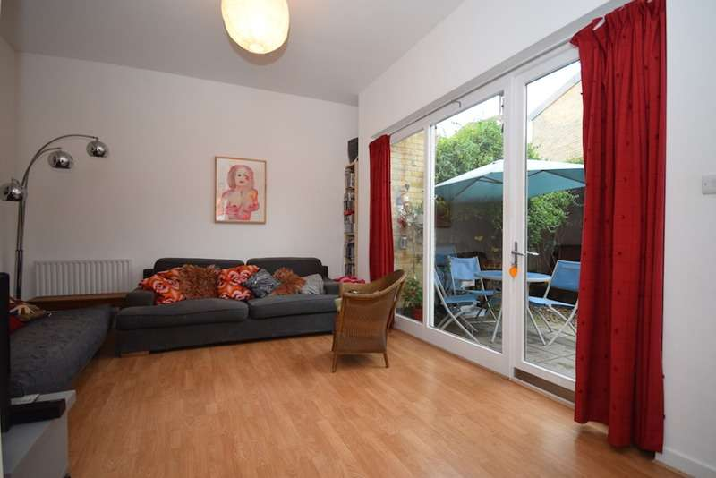 3 Bedrooms Maisonette Flat for sale in roman way, London, London, N7