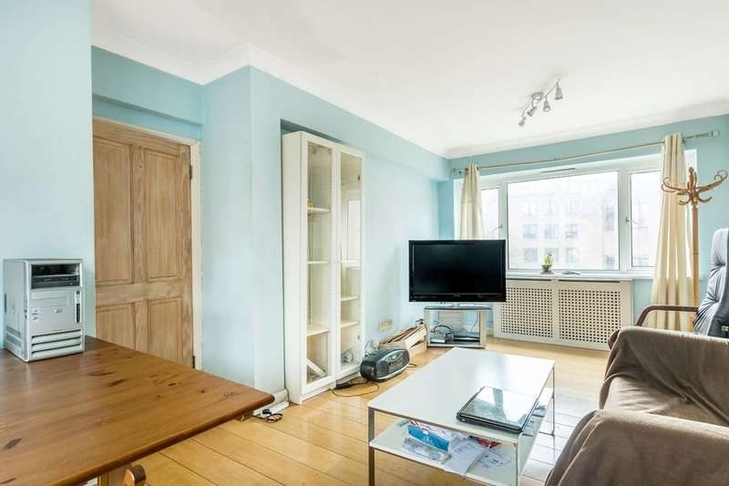 3 Bedrooms Flat for sale in Sheen Road, Richmond, TW9