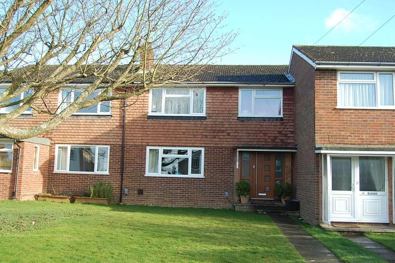 3 Bedrooms Terraced House for sale in Hill Farm Road, Chalfont St Peter, SL9