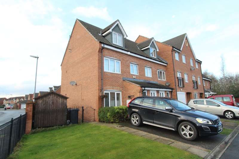 3 Bedrooms Town House for sale in Kingfisher Drive, Wombwell, Barnsley, S73 0UX