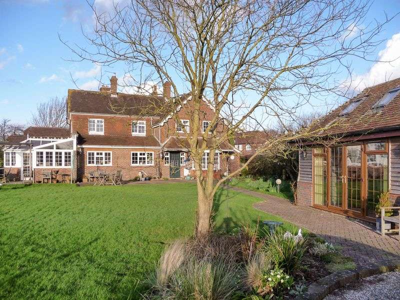 4 Bedrooms Semi Detached House for sale in Danworth Lane, Hurstpierpoint, West Sussex