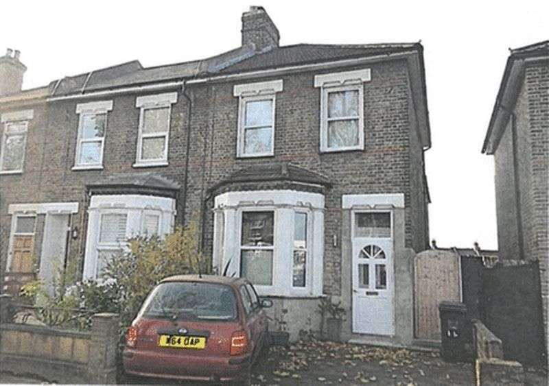 3 Bedrooms Terraced House for sale in Kangley Bridge Road, SE26 5AQ