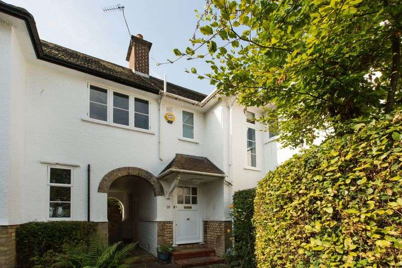 3 Bedrooms Cottage House for sale in Creswick Walk, Hampstead Garden Suburb, London NW11