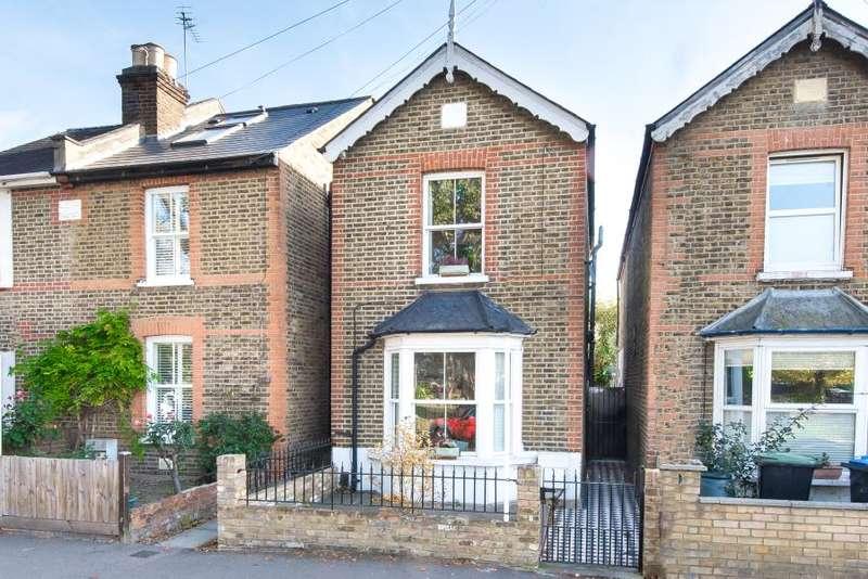3 Bedrooms Detached House for sale in Elm Road, Kingston upon Thames, KT2