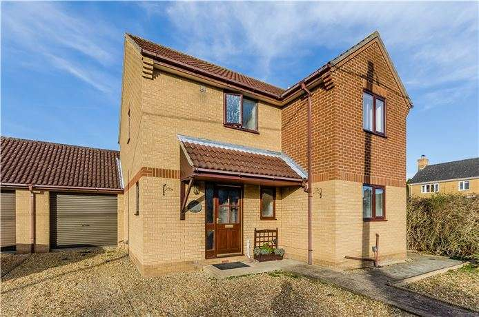 3 Bedrooms Detached House for sale in The Row, Sutton, Ely