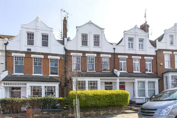 2 Bedrooms Flat for sale in Hillfield Avenue, Crouch End, N8