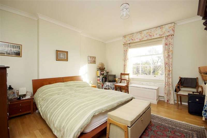 3 Bedrooms Flat for sale in Warwick Avenue, Little Venice W9, London, W9