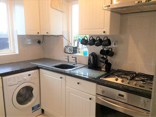 2 Bedrooms End Of Terrace House for sale in 6 Steel Close, Honiton