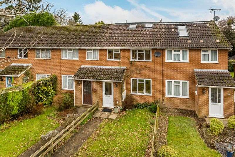 4 Bedrooms Terraced House for sale in Beare Green