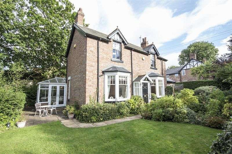 3 Bedrooms Detached House for sale in Dene House. Dene Road, Rowlands Gill