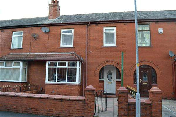3 Bedrooms Terraced House for sale in Furnival St, Leigh