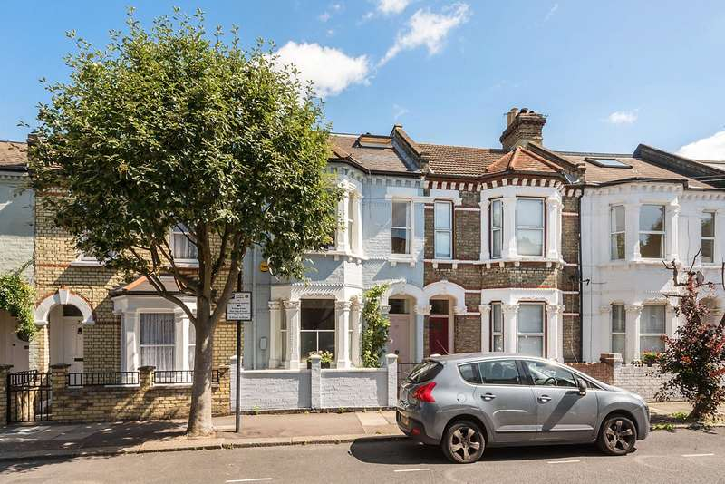 4 Bedrooms Terraced House for sale in Rowena Crescent, London, SW11