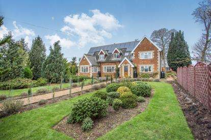 6 Bedrooms Detached House for sale in Ickburgh, Thetford, Norfolk