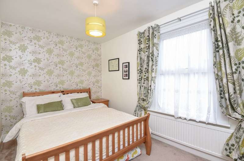 3 Bedrooms Terraced House for sale in Albany Road, Chislehurst