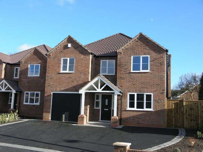 4 Bedrooms Detached House for sale in Guys Lane, Gornal Wood