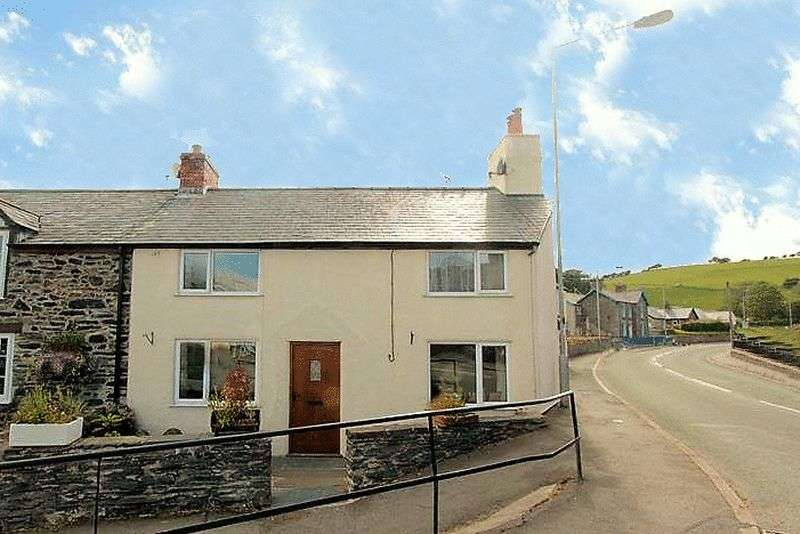 2 Bedrooms Terraced House for sale in Ffordd Gogor, Denbigh