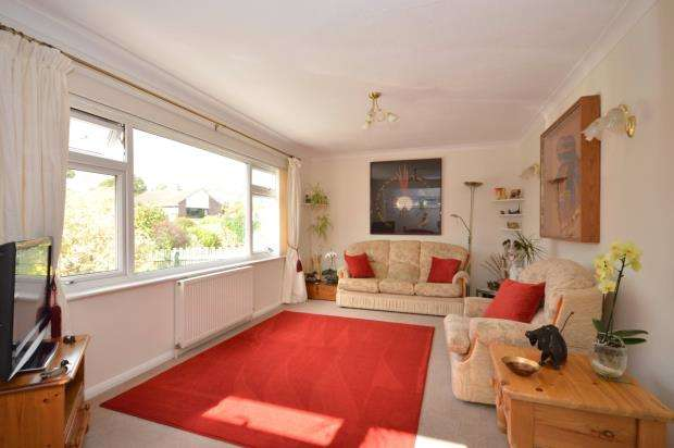 2 Bedrooms Detached Bungalow for sale in Storrs Close, Bovey Tracey, Newton Abbot, Devon
