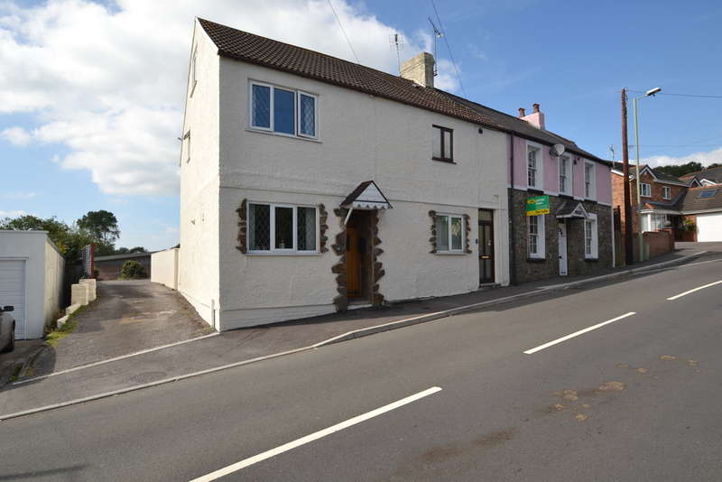 2 Bedrooms End Of Terrace House for sale in 14 Heol Eglwys, Pen-Y-Fai, CF31 4LY
