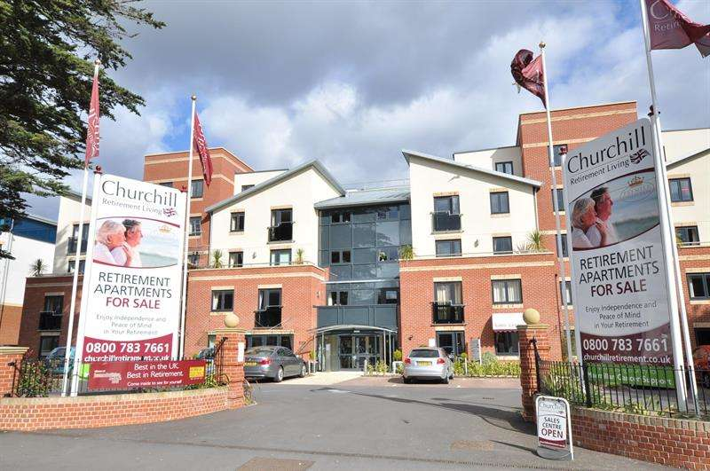 2 Bedrooms Retirement Property for sale in Poole Road, Bournemouth