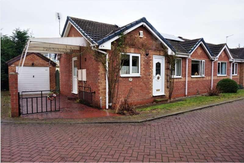 2 Bedrooms Bungalow for sale in Breezemount court