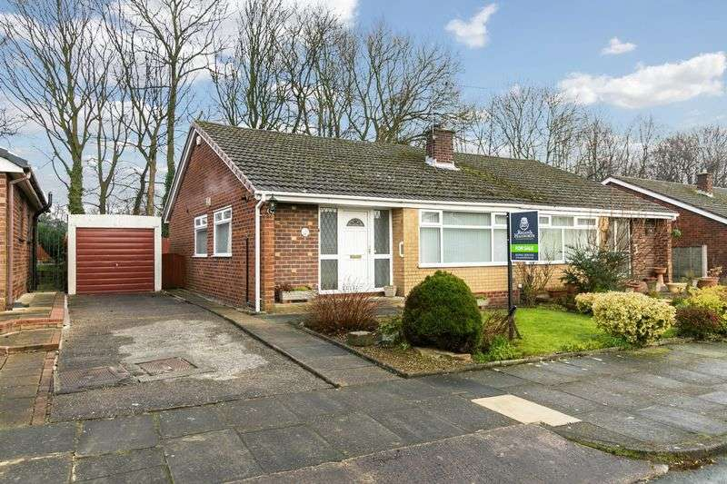 3 Bedrooms Semi Detached Bungalow for sale in Clevedon Drive, Highfield, WN3 6AF