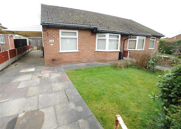 2 Bedrooms Bungalow for sale in 48 Sandy Lane, Irlam M44 6WJ