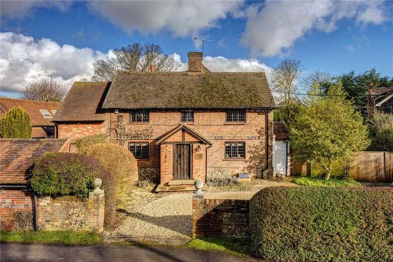 5 Bedrooms Detached House for sale in Moat Lane, Prestwood, Great Missenden, Buckinghamshire, HP16