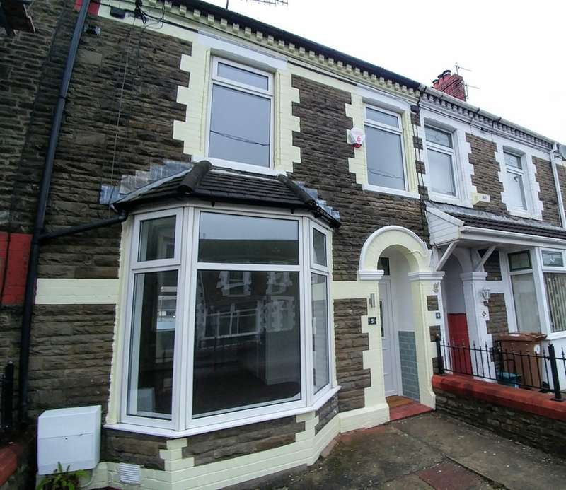 3 Bedrooms Terraced House for sale in Park View, Llanbradach, Caerphilly