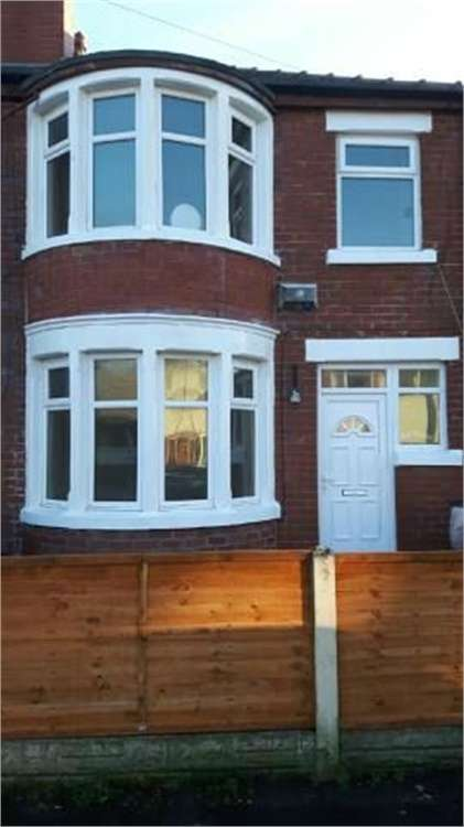 3 Bedrooms Semi Detached House for sale in Harcourt Road, Blackpool, Lancashire