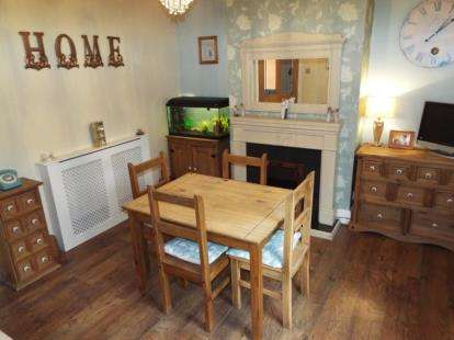 3 Bedrooms Semi Detached House for sale in Stanley Road, Atherstone, Warwickshire