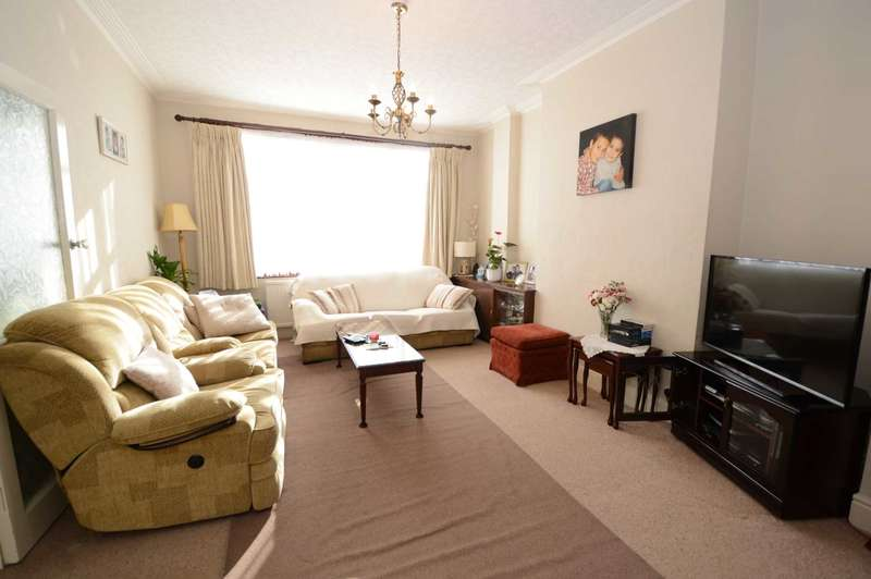 3 Bedrooms End Of Terrace House for sale in Woodhouse Road, London