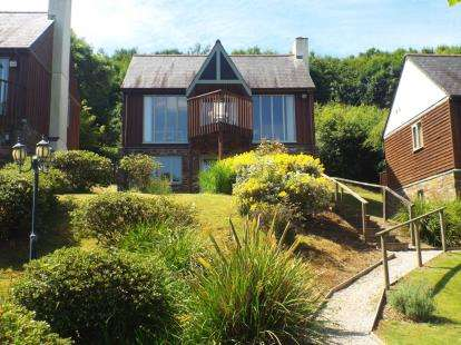 2 Bedrooms Detached House for sale in St. Mellion, Saltash, Cornwall