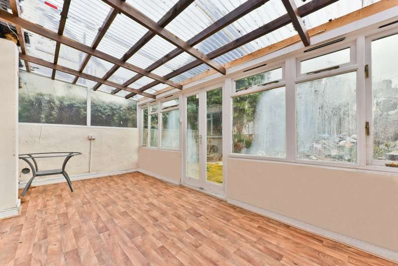 4 Bedrooms Detached House for sale in Stanford Road, London, SW16