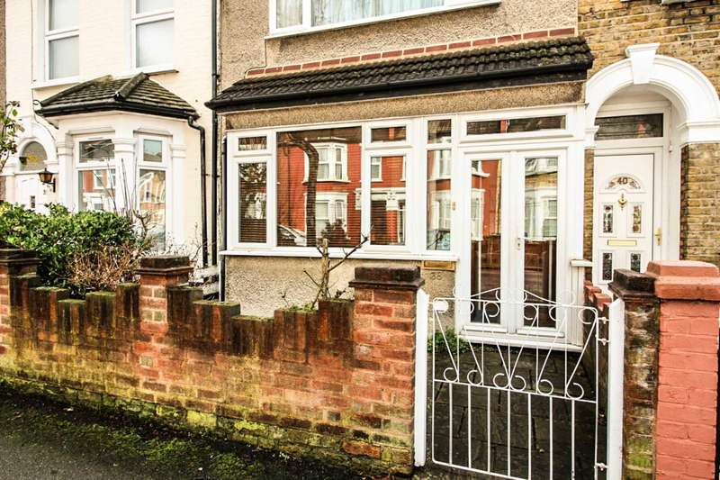3 Bedrooms House for sale in Grosvenor Road, Leyton, E10