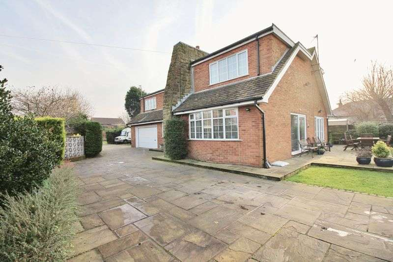 4 Bedrooms Detached Bungalow for sale in Woodland Villa, 33a Woodland Avenue, Thornton-Cleveleys, FY5 4HA