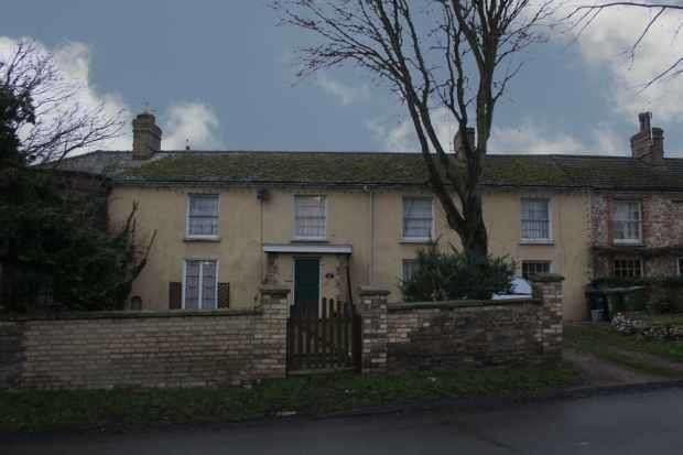 4 Bedrooms Terraced House for sale in Furlong Road, King's Lynn, Norfolk, PE33 9SU