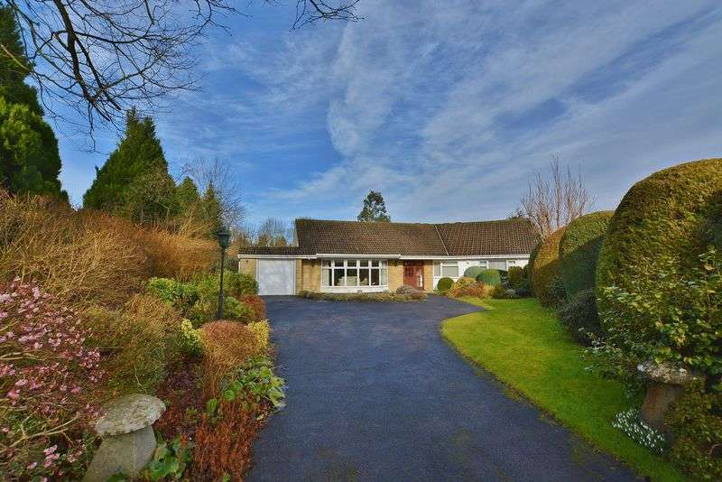 3 Bedrooms Detached House for sale in Beaconsfield