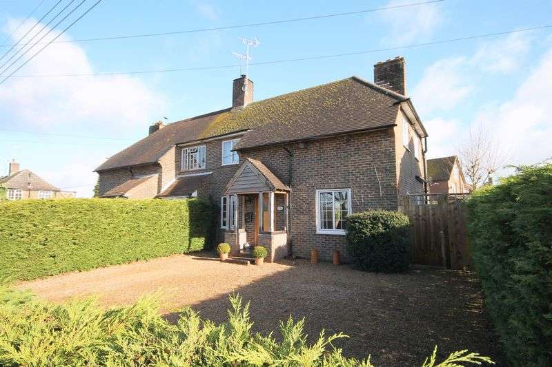 2 Bedrooms Semi Detached House for sale in Lodge Lane, Keymer, West Sussex,