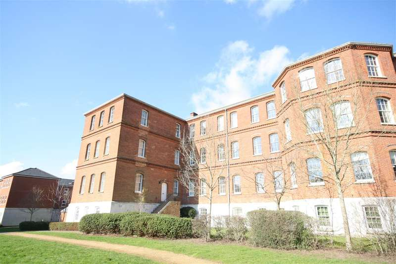 3 Bedrooms Apartment Flat for sale in Knowle Village