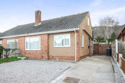 4 Bedrooms Bungalow for sale in The Dale, Abergele, Conwy, LL22