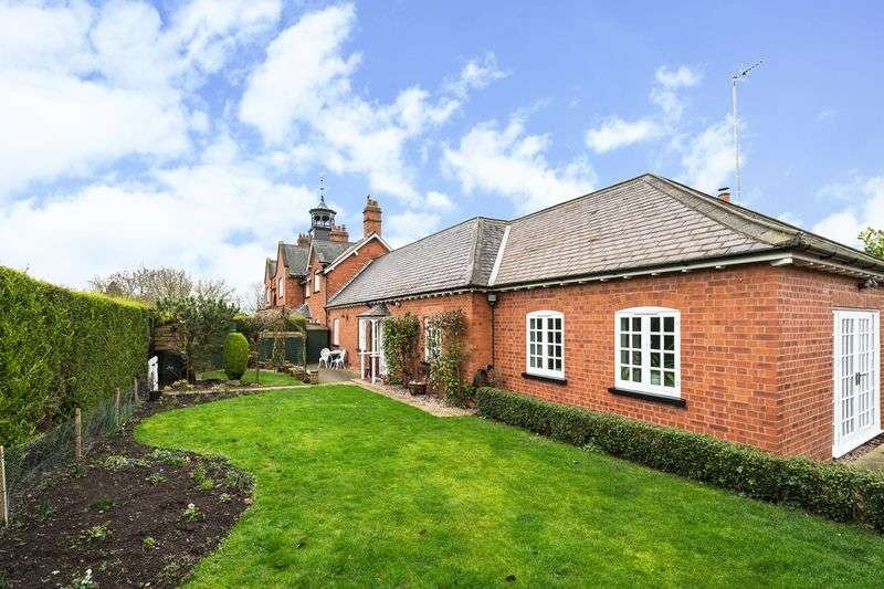 4 Bedrooms Detached House for sale in Quorn Park, Barrow-upon-Soar