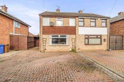3 Bedrooms Semi Detached House for sale in Denstone Drive, Alvaston, Derby, Derbyshire
