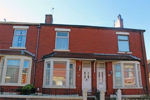 3 Bedrooms Terraced House for sale in St Ives Road, Blackburn, Lancashire