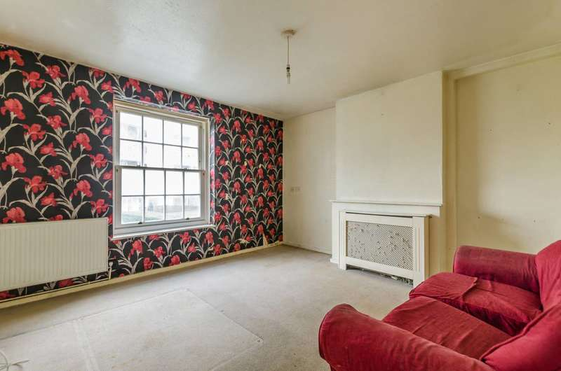 2 Bedrooms Flat for sale in Newburn, Kennington, SE11