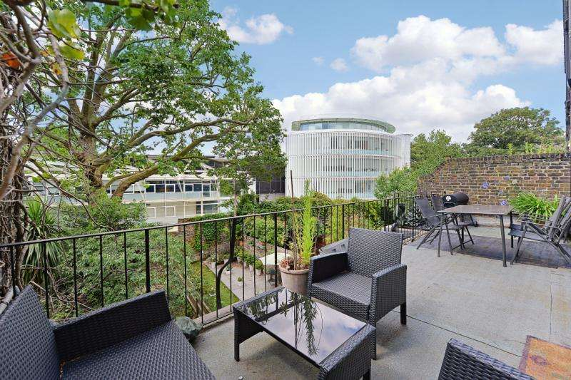 2 Bedrooms Flat for sale in Philbeach Gardens, Earls Court, London, SW5