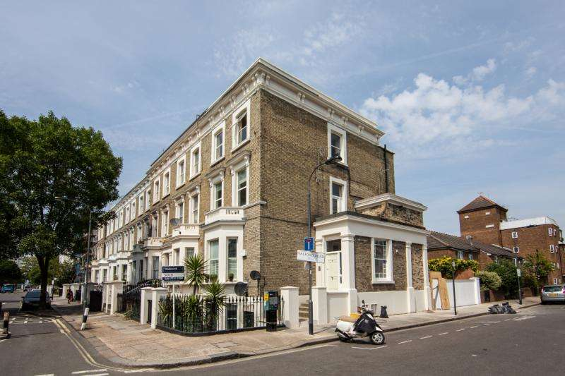 3 Bedrooms Flat for sale in Ongar Road, London, SW6