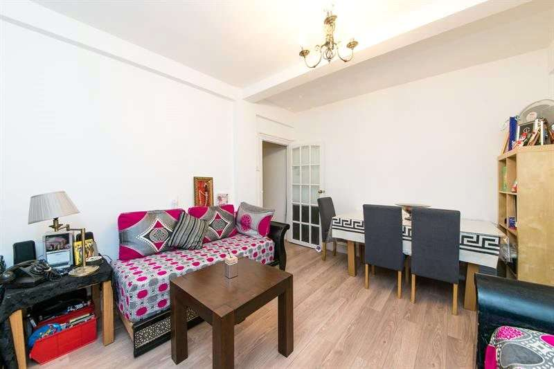 2 Bedrooms Flat for sale in West Kensington Court, Edith Villas, West Kensington, W14