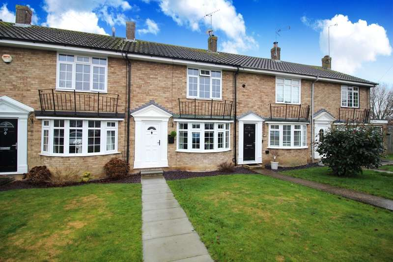 2 Bedrooms Terraced House for sale in Broadwood Close, Horsham
